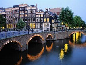 Lėktuvų bilietai į Olandiją