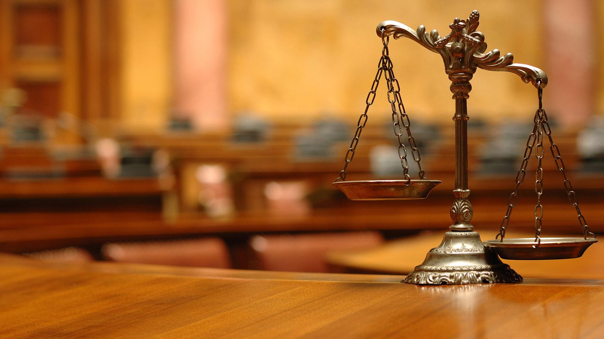 Teisininku paieskos sistema