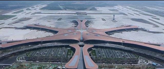 """""""Huawei"""" 5G technologija Pekino oro uostą pavertė išmaniausiu pasaulyje"""