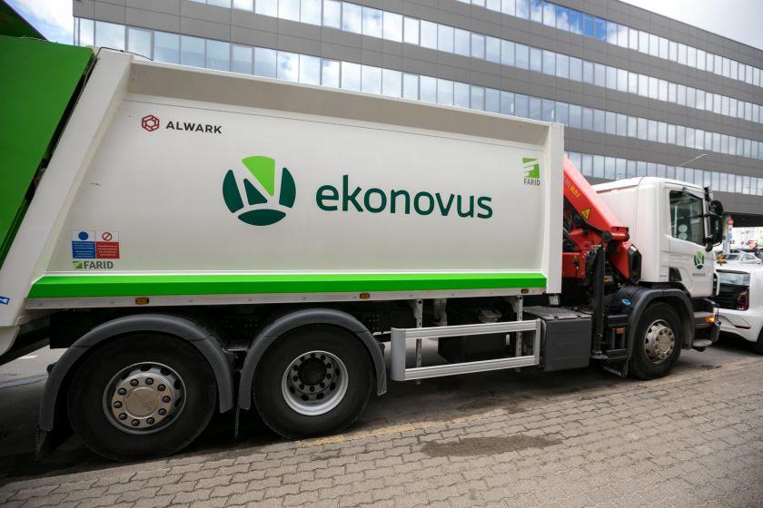 Centriniuose sostinės rajonuose – naujas mišrių atliekų vežėjas