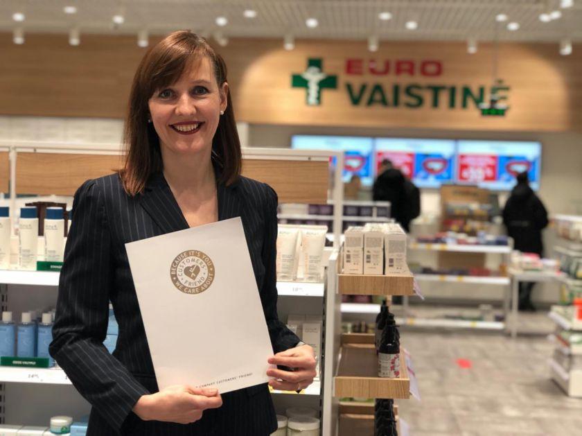 """""""Eurovaistinė"""" įvertinta tarptautiniu sertifikatu už profesionalų klientų aptarnavimą"""