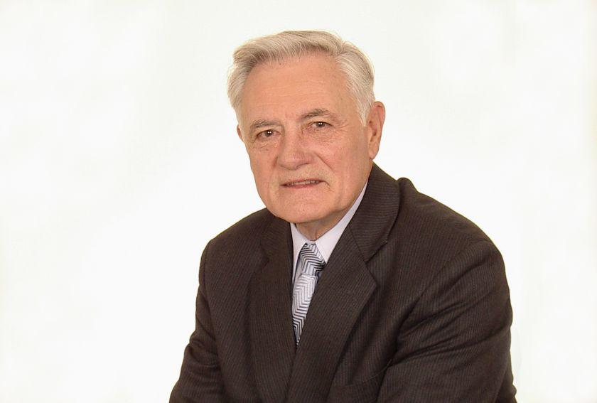 Prezidentas Valdas Adamkus kviečia prisidėti prie Gydymo įstaigų paramos fondo