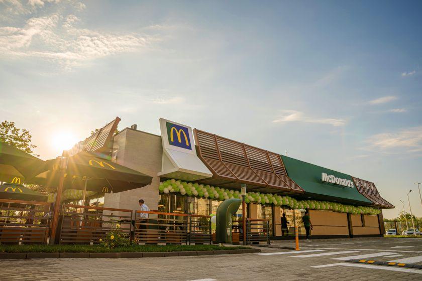 """Licencijuota """"McDonald's"""" plėtotoja """"Premier Capital"""" 2019 m. uždirbo 28 mln. Eur ikimokestinio pelno"""