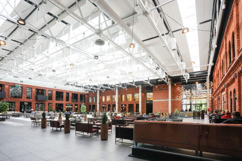 """Kauno """"Akropolio"""" aikštė virto vienu dideliu restoranu"""
