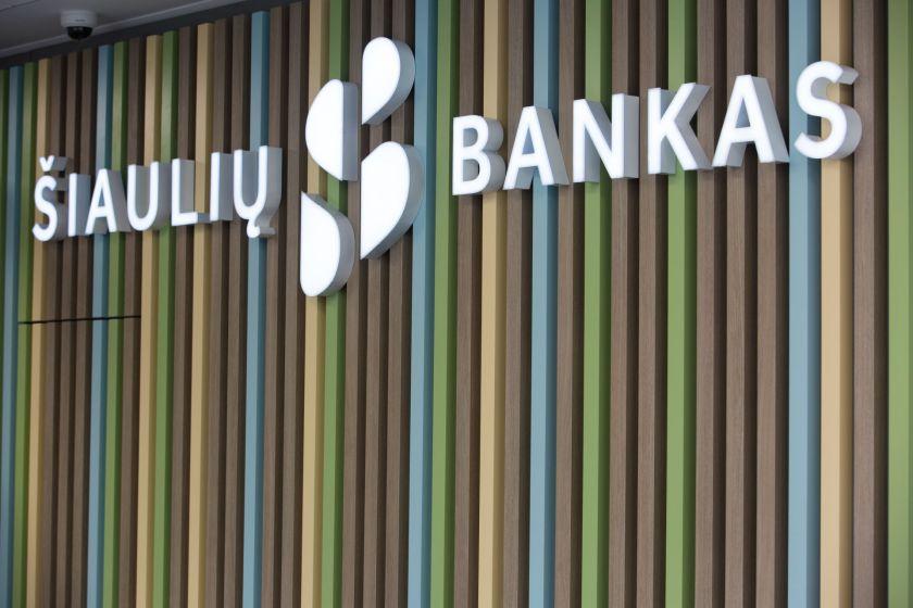 Dar 12 Šiaulių banko skyrių atveria duris klientams