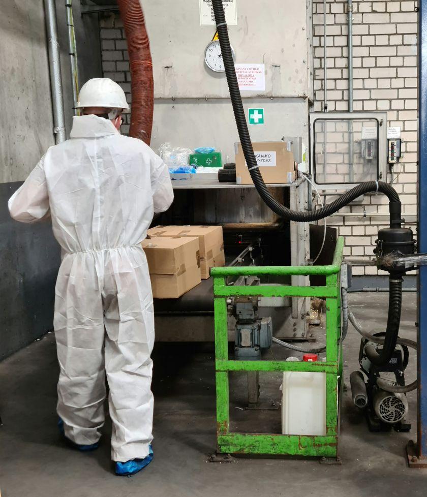 """""""Toksikoje"""" rudenį trečdaliu padaugėjo COVID-19 užterštų medicininių atliekų"""