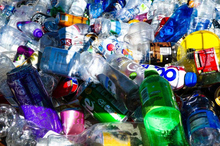 Tyrimas: plastiko produktų vengia 28 proc. Lietuvos gyventojų
