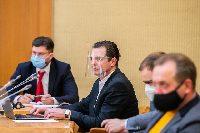 """Seimo nario Aido Gedvilo pranešimas: """"Ar pro atsiveriantį Overtono langą Lietuvoje pradedamos riboti konstitucinės žmonių laisvės?"""""""