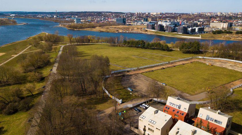 Atšilus orams tęsiama Kauno Santakos parko rekonstrukcija