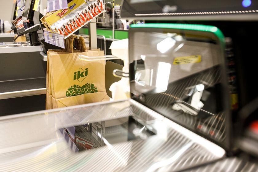 """""""IKI Express"""" parduotuvėse nebebus prekiaujama plastikiniais pirkinių maišeliais"""
