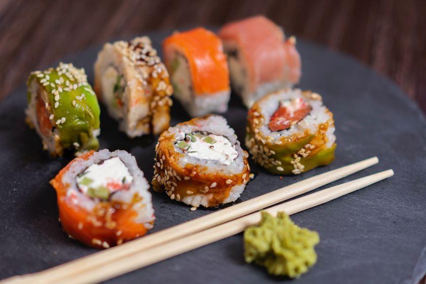 Skonių kelionė į Japoniją: lietuviai sušių suvalgo vis daugiau