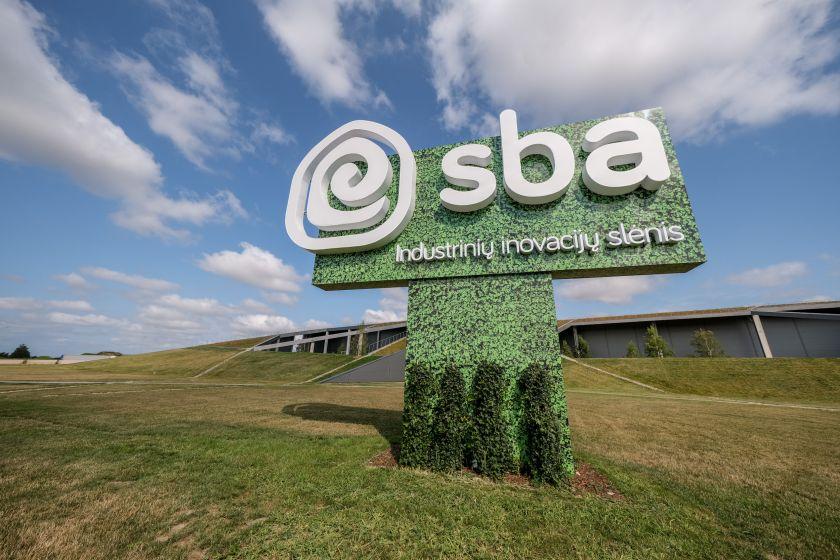 SBA tęsia plėtrą – pristatytas labiausiai robotizuotas gamybinis kompleksas regione