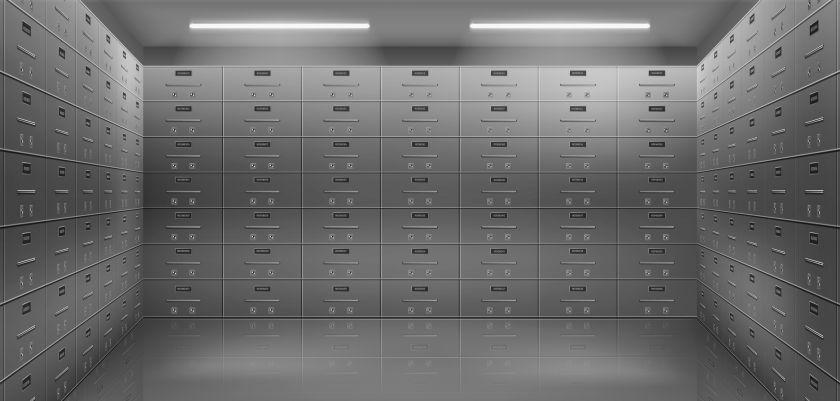 Bankininkai: klientai į seifus vėl neša brangius daiktus