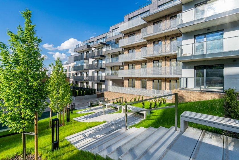 """Nors rinka stabilizuojasi, """"YIT Lietuva"""" trečiąjį ketvirtį ir vėl pardavė virš šimto butų"""